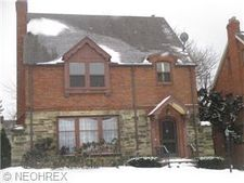 3444 Woodridge Rd, Cleveland Heights, OH 44121