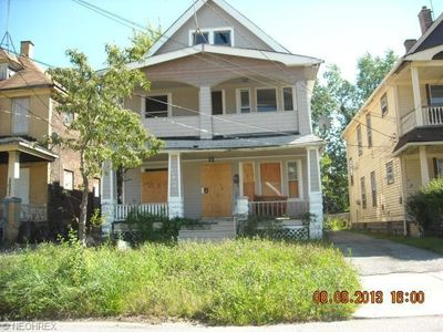 11810 Parkview Ave, Cleveland, OH 44120