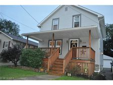 2540 Albrecht Ave, Akron, OH 44312