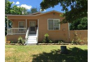 3836 S Jones St, Fort Worth, TX 76110