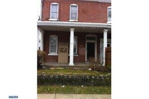 4931-33 Penn St, Philadelphia, PA 19124