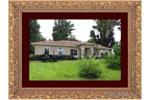 9370 NW 193rd St, Micanopy, FL 32667