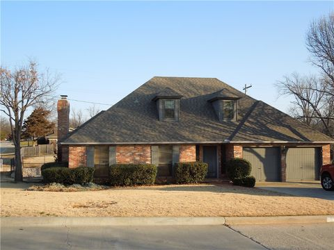 2425 Nw 55th St, Oklahoma City, OK 73112