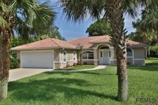 2 Clee Ct, Palm Coast, FL 32137