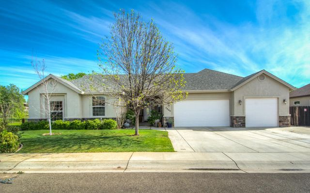3645 Wimbledon Dr Redding Ca 96002 Home For Sale And