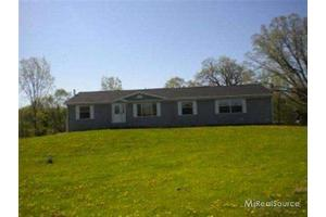 13363 Imlay City Rd, EMMETT, MI 48022