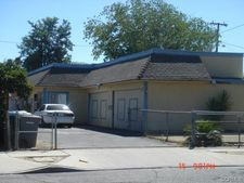 240 N Gilbert St, Hemet, CA 92543