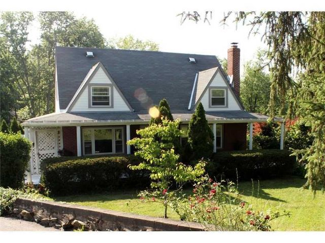296 Mcmurray Rd, Upper St. Clair, PA
