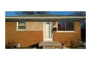 8136 Cloverdale Ave, Royal Oak Twp, MI 48220