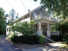 10949 N Cedarburg Rd, Mequon, WI 53092