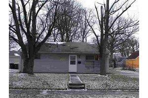 4633 Warsaw St, Fort Wayne, IN 46806