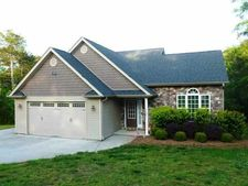 902 Mountain View Rd, Anderson, SC 29626