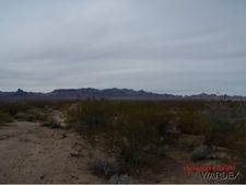 4899 W Vaquero Dr, Golden Valley, AZ 86413