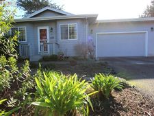 157 8th St Sw, Bandon, OR 97411
