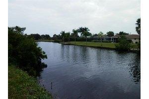 4242 Library St, Port Charlotte, FL 33948