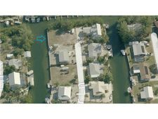 3570 Outrigger Ln, St. James City, FL 33956