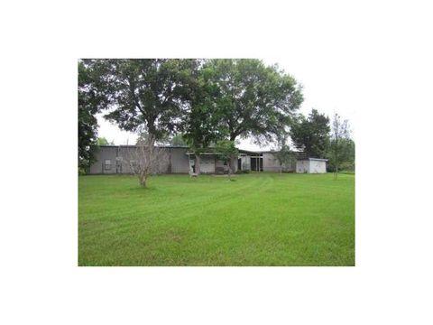4685 Menard Chapel Rd, Livingston, TX 77351