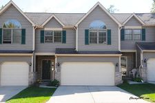 403 River Bluff Dr, Carpentersville, IL 60110