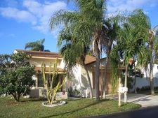 32 Paxford Ln, Boynton Beach, FL 33426
