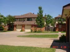 1202 English St, Irving, TX 75061