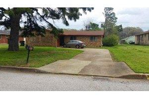 3584 Southland St, Memphis, TN 38109