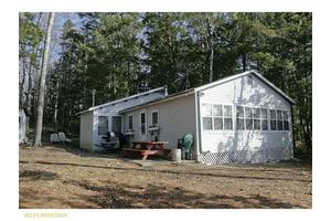60 Ludden Ln, Lincoln, ME 04457