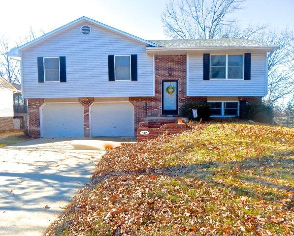 1706 Independence Dr Jefferson City Mo 65109 Home For Sale And Real Estate Listing Realtor