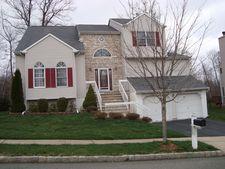 34 Fox Chase Ln, Roxbury Township, NJ 07852