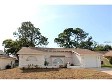 8417 Mill Creek Ln, Hudson, FL 34667