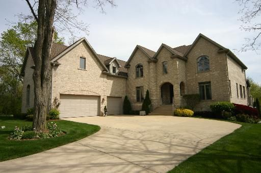 1501 Guthrie Dr, Inverness, IL
