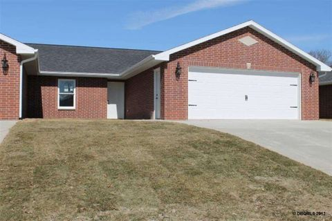 817 6th Ave Se, Cascade, IA 52033