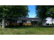 47 Circle Dr, New Bremen, OH 45869