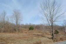 Creek Dr, Prompton, PA 18456