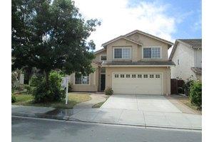 1118 Eagle Dr, Salinas, CA 93905