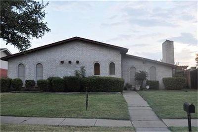 3145 Oak Hill Rd, Carrollton, TX
