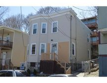 131 Marlborough St, Chelsea, MA 02150