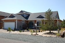 9940 Shore Pine Ln, Manzanita, OR 97131