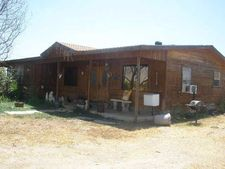 1755 1/2 N 6th Ave, Crystal City, TX 78839