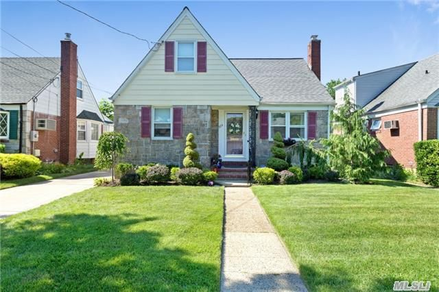singles in west hempstead Looking for an apartment / house for rent in west hempstead, ny check out rentdigscom we have a large number of rental properties, including pet friendly apartments.