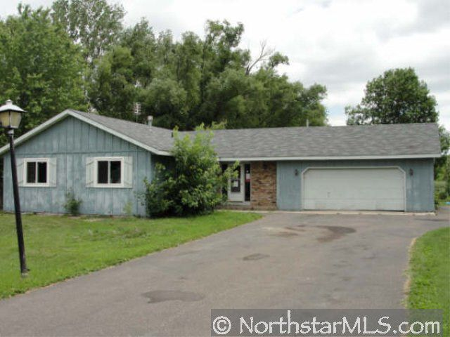 20985 Falcon Ave N, Forest Lake, MN 55025