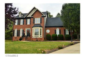 1802 Tradd Ct, Greensboro, NC 27455
