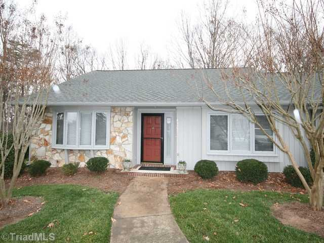 4322 Sullivans Lake Dr, Greensboro, NC 27410