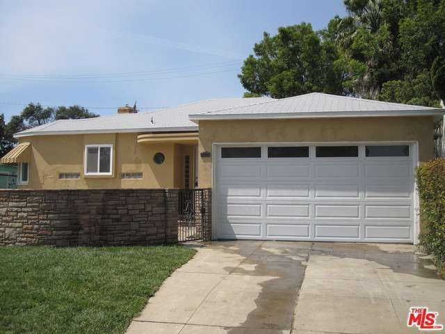 8625 S 12th Ave, Inglewood, CA 90305