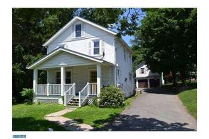 230 Meetinghouse Rd, Upper Chichester, PA 19014