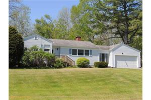 5 Savage Rd, Searsport, ME 04974