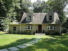 41 Rowland Rd, Old Lyme, CT 06371