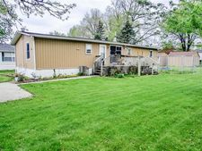 509 5th St Sw, State Center, IA 50247
