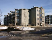 425 240Th Ave # 403, Arnolds Park, IA 51331