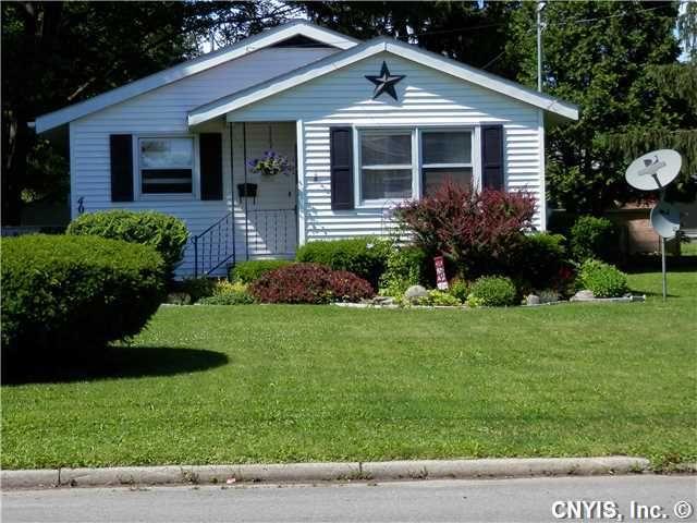 406 Walradt St, Fulton, NY 13069 - realtor.com®