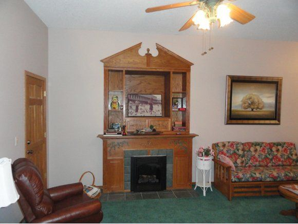 1240 circle dr neosho mo 64850 for 6x7 walk in closet